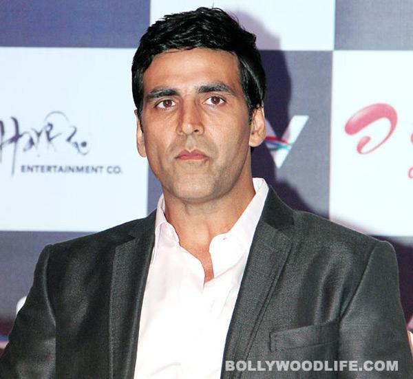Akshay Kumar injured on the sets of Thuppaki remake