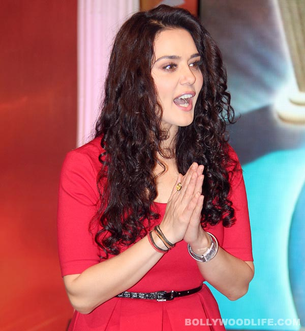 Preity Zinta loses her cool at the airline staff after she misses her flight