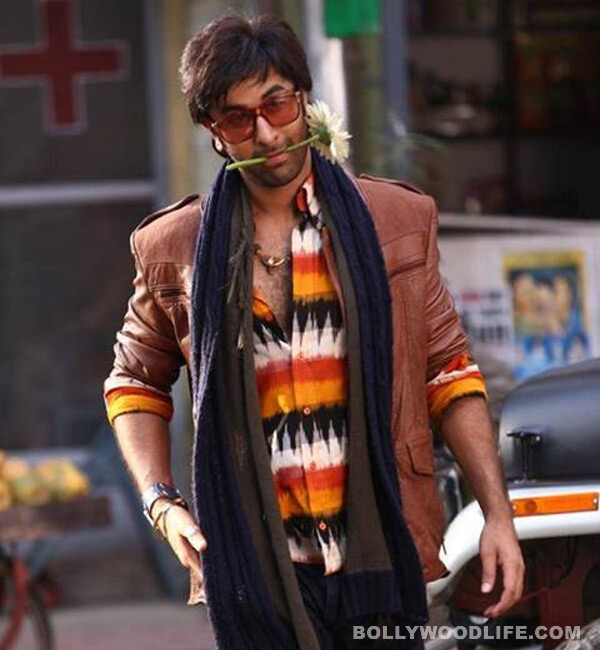 Ranbir Kapoor looks like a stylish thief in Besharam ...