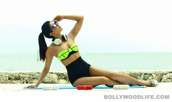 Priyanka Chopra Exotic video: Does the babe look smoking hot in short shorts?