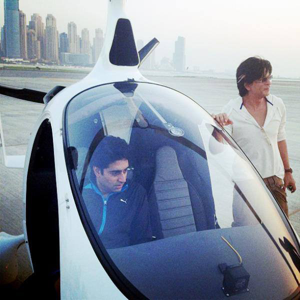 Shahrukh Khan and Abhishek Bachchan's helicopter ride in Dubai: view Happy New Year on location stills!