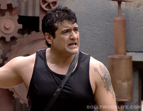 Bigg Boss 7: Why is Armaan Kohli getting furious?