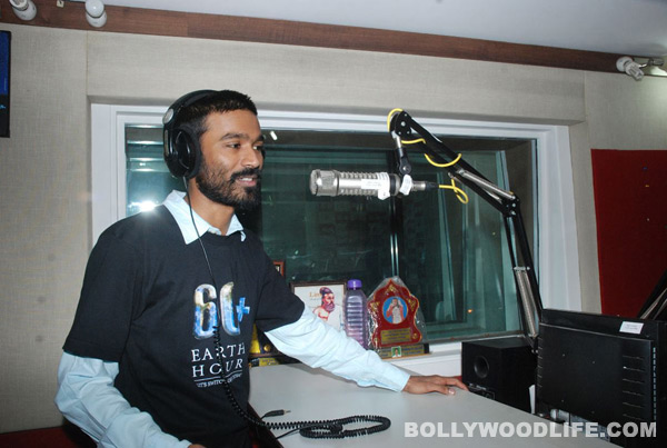 Dhanush sings for Nayyandi