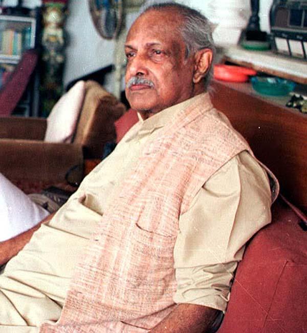 Hrishikesh Mukherjee's 91st birth anniversary
