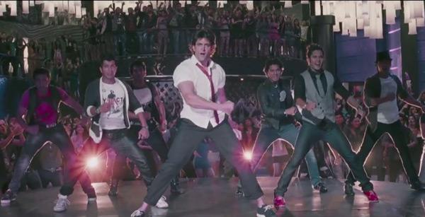 Krrish 3 song Raghupati Raghav teaser: Hrithik Roshan rocks the stage!