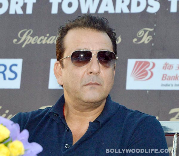 Why did Sanjay Dutt's play in Yerwada jail get cancelled?