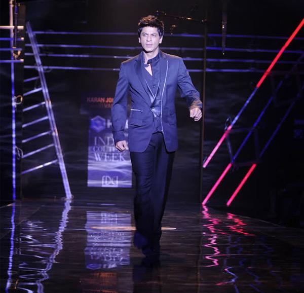 Shahrukh Khan to walk the ramp with Yash Raj heroines