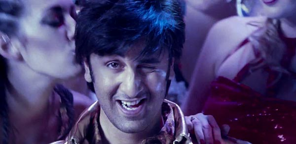 Ranbir Kapoor to name his kids Amitabh and Rekha? Watch Besharam video to find out!