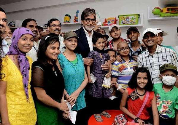 Amitabh Bachchan gets emotional after meeting child cancer patients