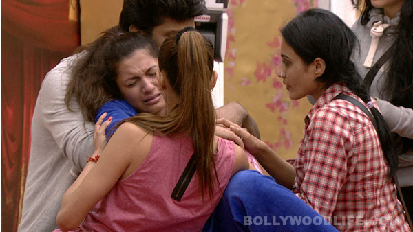 Bigg Boss 7 diaries day 30: Is Kushal Tandon Gauahar Khan's knight in shining armour? View pics!