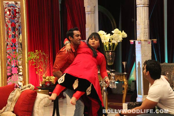 The Bachelorette India: Mallika Sherawat challenges contestants to lift Bharti Singh
