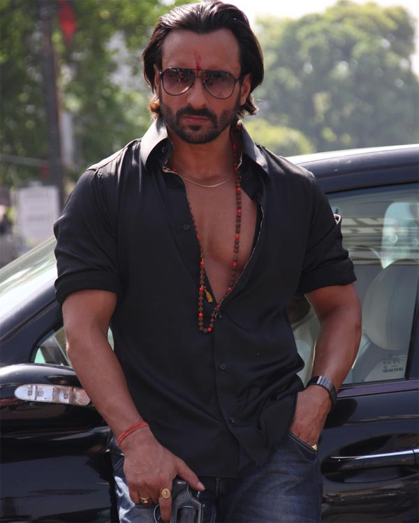 Who is helping Saif Ali Khan get his UP accent right?