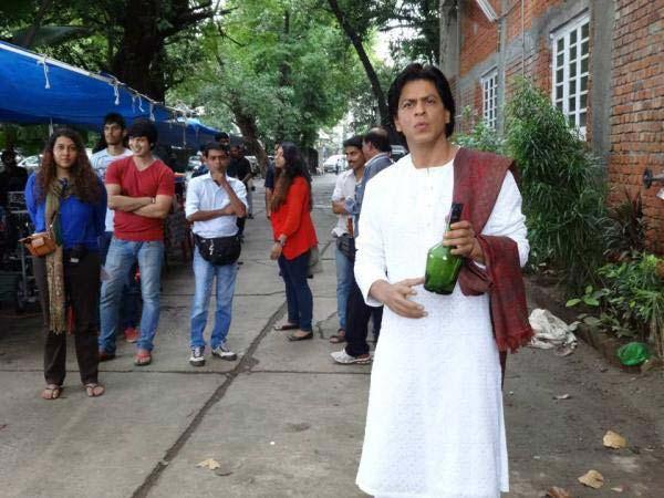 Is Shahrukh Khan playing Devdas again? View pics!