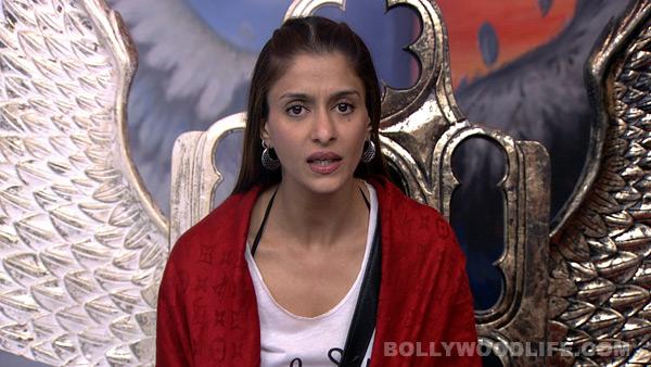 Bigg Boss 7: Is Shilpa Agnihotri desperate to re-enter the house?