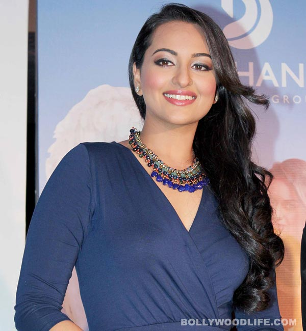 Why did Sonakshi Sinha feel like a struggling actor?