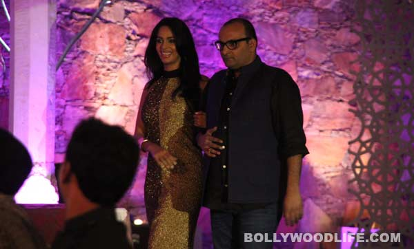 The Bachelorette India synopsis: Mallika Sherawat makes the contestants cook for Sunil Bohra