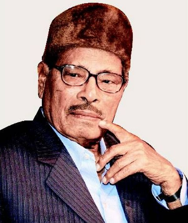 Manna Dey files case against nephew for missing money and jewellery