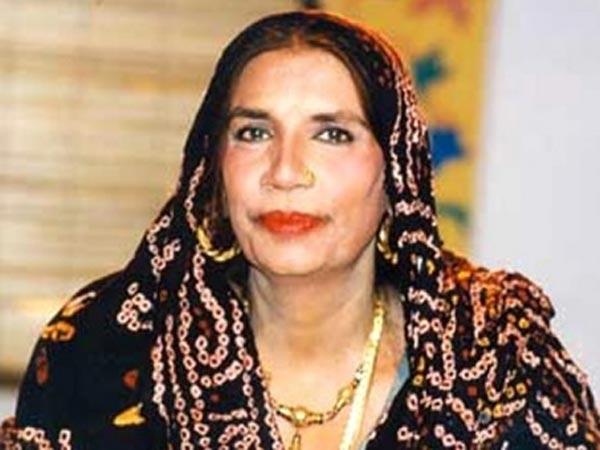 Bollywood remembers late Pakistani singer Reshma