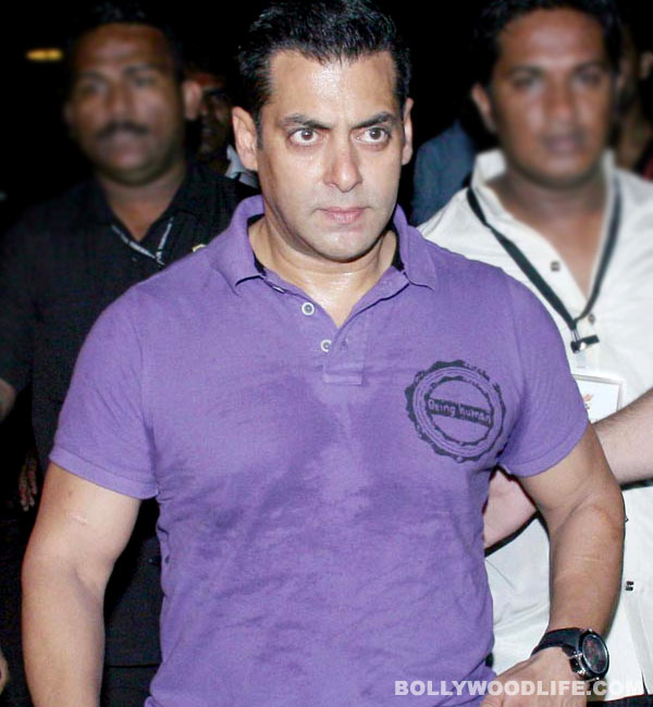 Bigg Boss 7: Angry Salman Khan asks fans to refrain from watching his show!