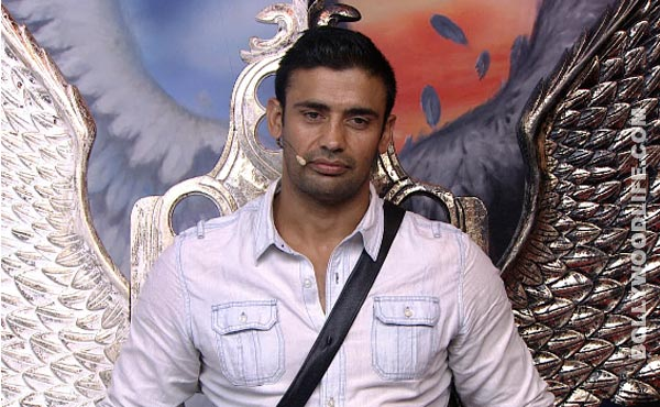 Bigg Boss 7 diaries day 54: Sangram Singh undergoes a lie detector test