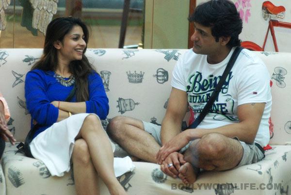 Bigg Boss 7: Were Tanishaa Mukherji and Armaan Kohli really found naked inside the house?