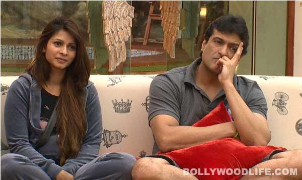 Bigg Boss 7: Why is Tanishaa Mukherji behaving like Armaan Kohli's wife?