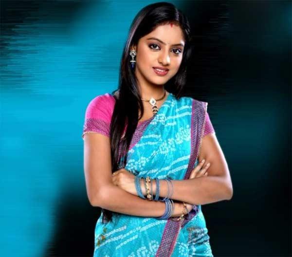 Nach Baliye 6: Deepika Singh of Diya Aur Baati Hum suffers injuries while performing a stunt