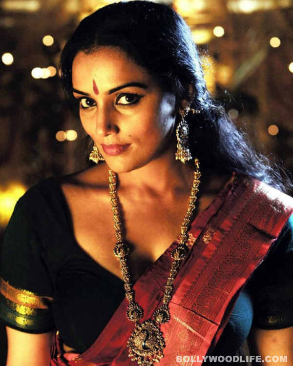 Shweta Menon's effigy burnt by Youth Congress workers