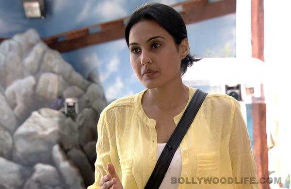 Bigg Boss 7: Has Kamya Punjabi moved from Gauahar Khan's side to Tanishaa Mukherji's side?
