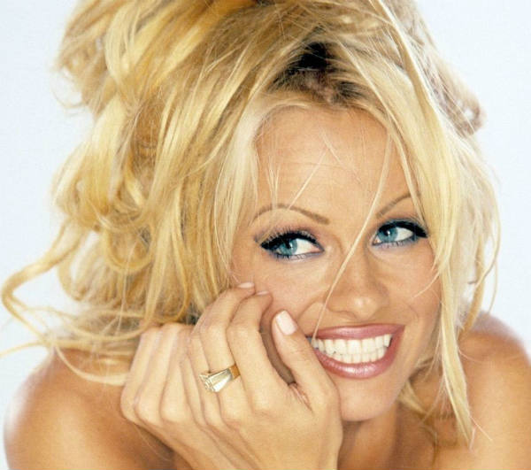 Pamela Anderson does a nude photoshoot for Purple Magazine