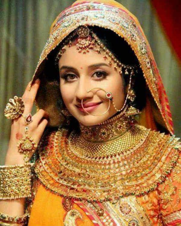 Jodha Akbar's Paridhi Sharma: Comparisons with Aishwarya Rai Bachchan have been flattering!