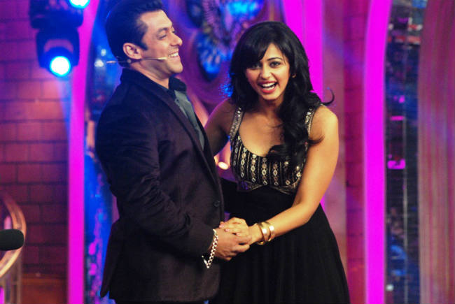 Bigg Boss 7 diaries day 90: Salman Khan entertains the housemates and team Yaariyan enter the house for their film's promotions!