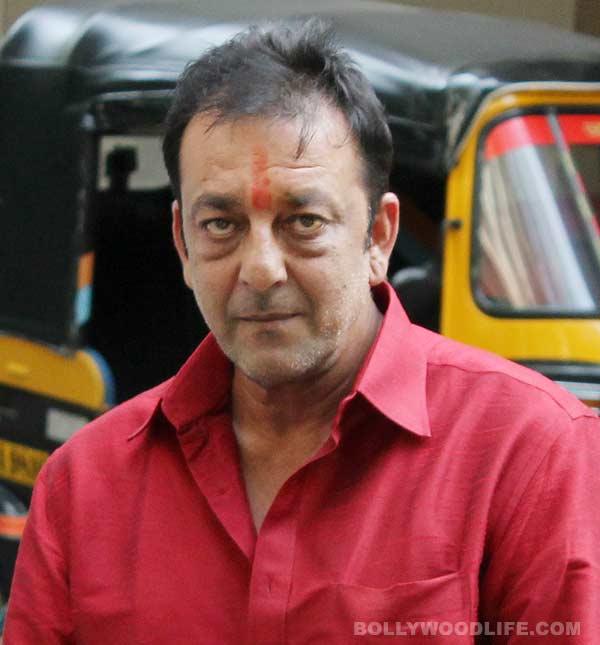 Sanjay Dutt seeks parole to look after ailing Manyata Dutt