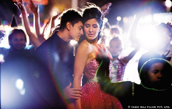 Dhoom:3 song Tu hi junoon song promo: Aamir Khan and Katrina Kaif sparkle in this romantic number!