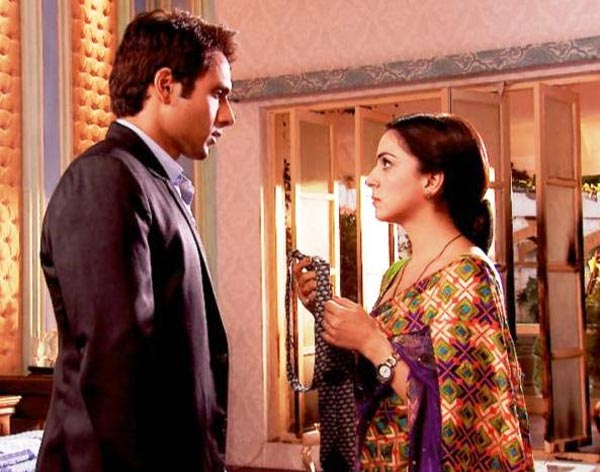 Is Tumhari Pakhi getting too filmi?