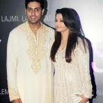 Aishwarya Rai Bachchan and Abhishek Bachchan to go through Happy Anniversary script?