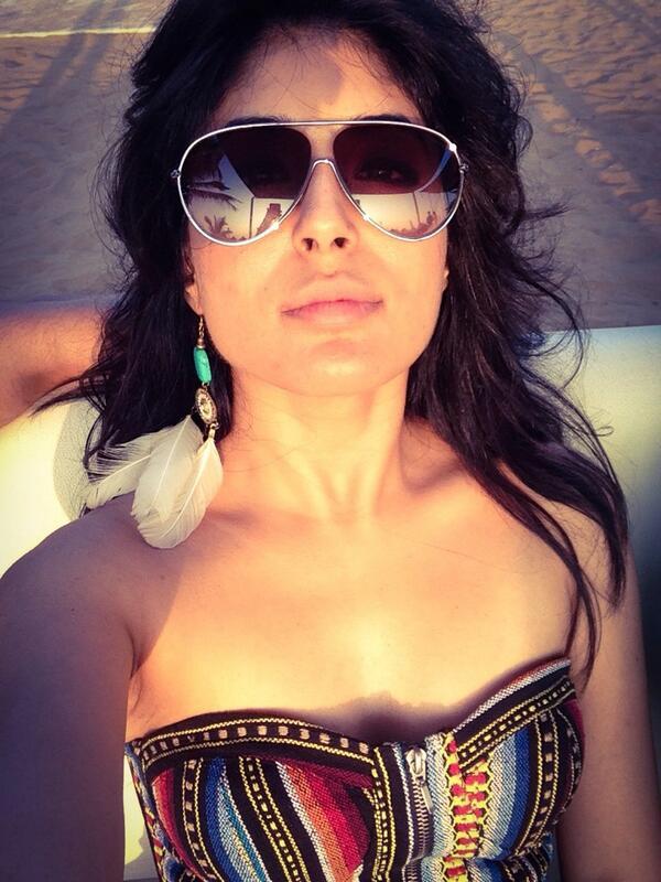 Who gave Kritika Kamra love bites?