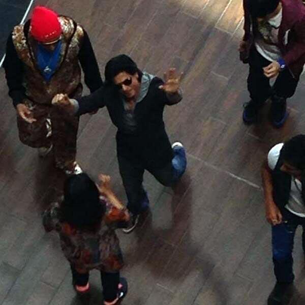 Shahrukh Khan will be back at work soon!