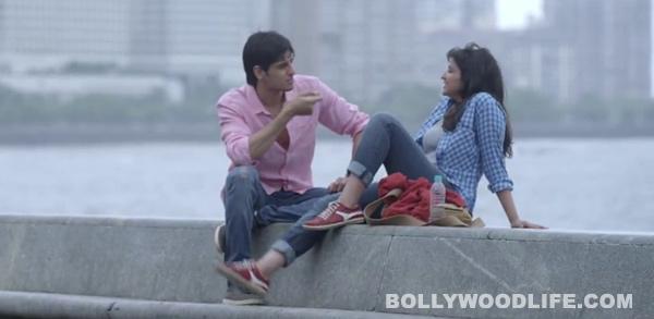 Why can't Sidharth Malhotra take his eyes off Parineeti Chopra?