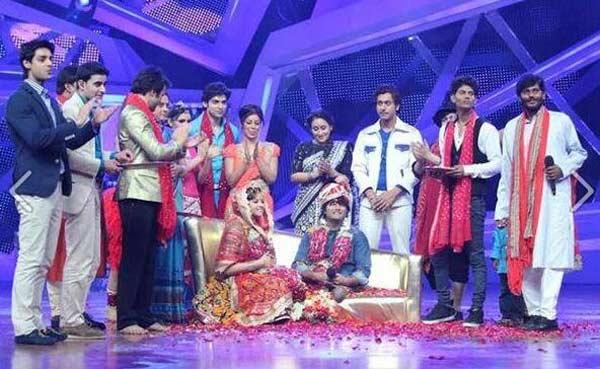 Nach Baliye 6 video: Shilpa Shetty gets Vinod and Raksha married again!