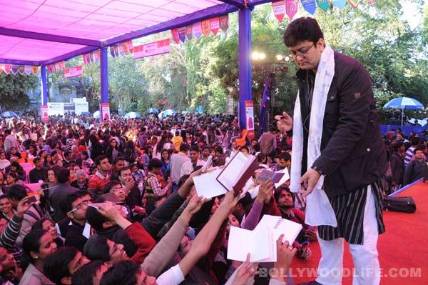 Prasoon Joshi enthralls audience at Jaipur Literature Festival!