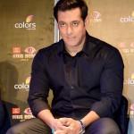 Is Salman Khan replacing Shahrukh Khan as the blue-eyed boy of Yash Raj Films?