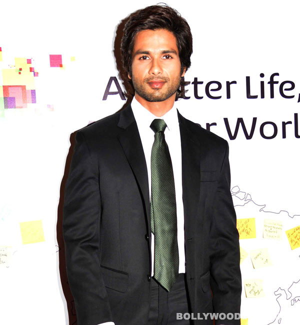 Shahid Kapoor heads to Kashmir to finish Haider!
