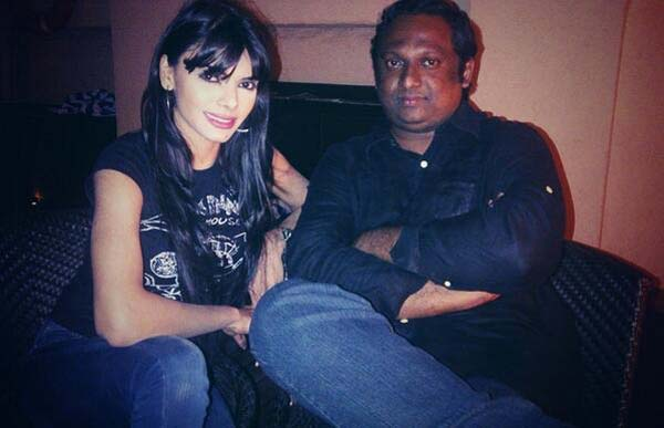 Has Kamsutra 3D director rescued Sherlyn Chopra from the filth of porn ?