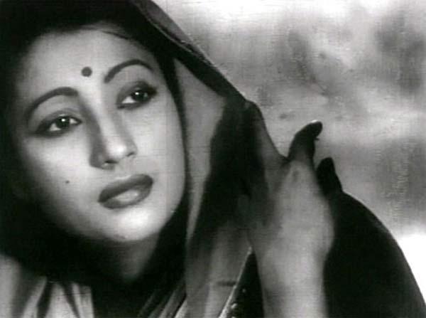 Sridevi, Prosenjit Chatterjee remember the legendary Suchitra Sen!
