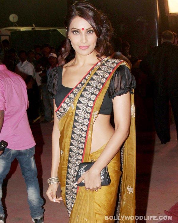 Bipasha Basu: I'll have a Bengali wedding!