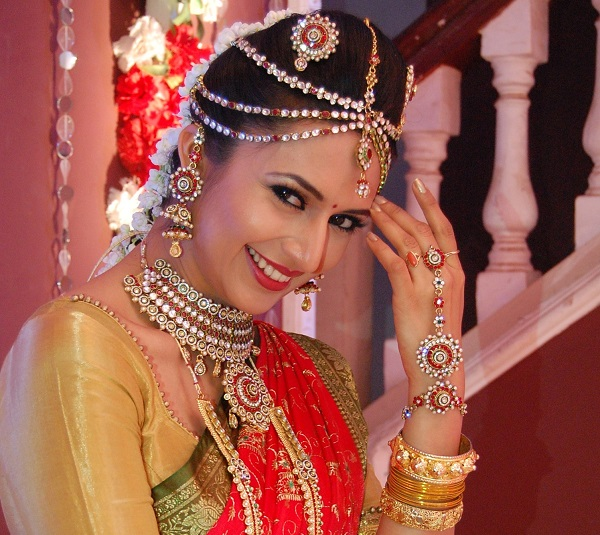 Yeh Hai Mohabbatein: Raman and Ishita to get married in a cross cultural wedding!