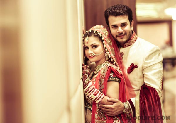 Jay Soni married to Pooja Shah - View pics!