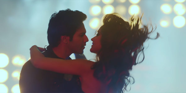 Main Tera Hero song Besharmi ki height: Varun Dhawan and Illeana D'cruz rock-n-roll!