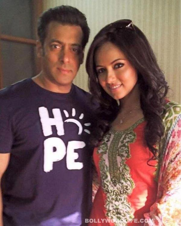 Why is Sana Khan accusing Salman Khan of being biased?